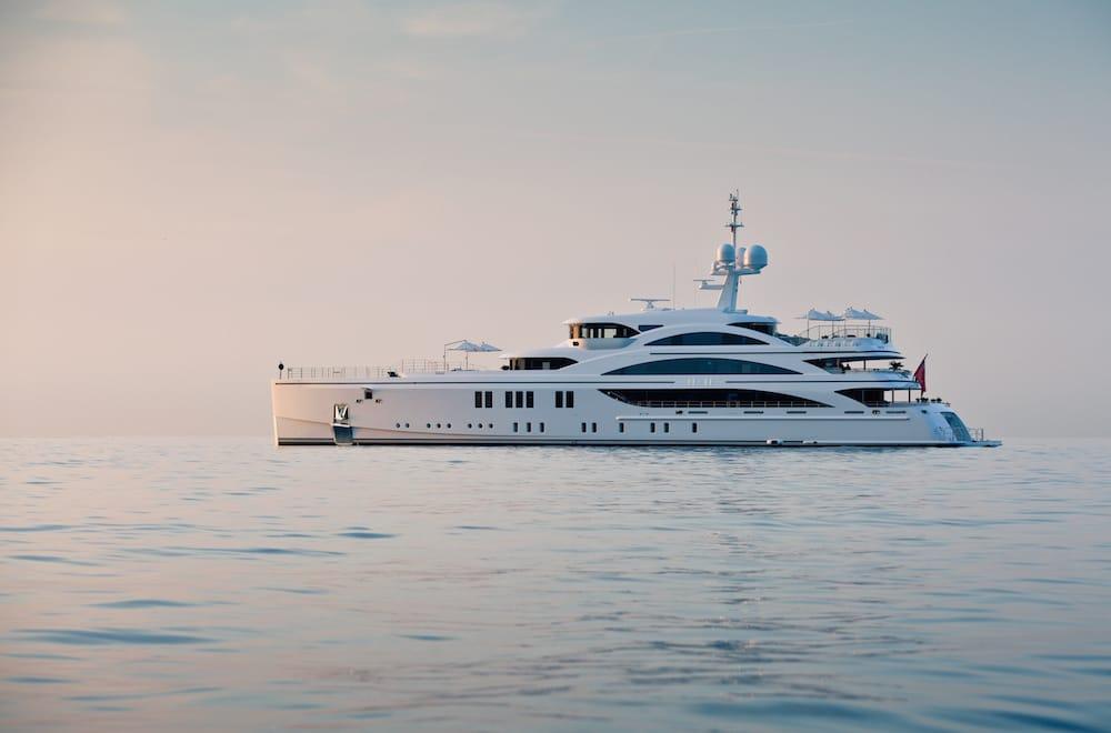 11∙11 Yacht